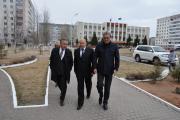 Мэр Усинска Александр Тян (слева), губернатор НАО Игорь Фёдоров и глава Республики Коми Вячеслав Гайзер