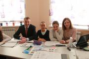 Губернатор Игорь Кошин в гостях у полиглотов