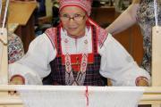 Надежда Дуркина может сшить костюм любого народа