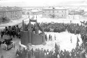 На этой площади проходил первый митинг, посвященный дню рождения РККА в Нарьян-Маре