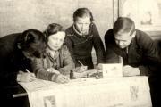 Выпуск стенгазеты. 1940 год