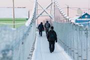 Подвесной мост хорош и летом, и зимой