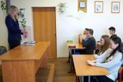 Беседа с подростками / Фото пресс-службы УМВД России по НАО