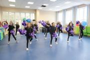 Черлидинг сочетает в себе элементы хореографии, акробатики и художественной гимнастики / Фото Антона Тайбарея