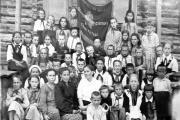 Сводный пионерский отряд Пешского куста. Фото 30-х годов / Фото из семейного архива Ольги Каменской