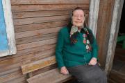 Жительница посёлка Каратайка Анфиса Михайловна Артеева / Фото автора
