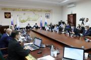 Вице-спикер Матвей Чупров подчеркнул, что обозначенные прокурором вопросы будут учтены в работе депутатского корпуса / ото Максима Тарасова