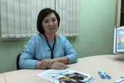 Оксана Зенина всегда готова дать консультацию / Фото автора