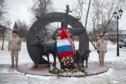 Молодёжь знает о подвиге героев-северян / Фото Алексея Орлова