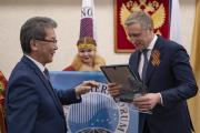 Юрий Бездудный предложил коллегам по Совету поддержать решения, значительно расширяющие сферу деятельности Северного форума / Фото Игоря Ибраева