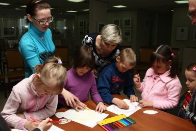 Дети с удовольствием постигают азы творчества