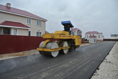 Дорожные строители в поселке «Нарьян-Мар Вилладж»