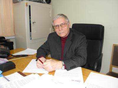 Руководитель Совета ветеранов войны и труда НАО Вячеслав Корепанов
