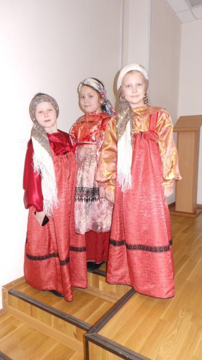 Юные артистки из «Тиньганъяс»