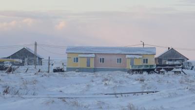 Дома в Бугрино зимой всегда покрыты инеем