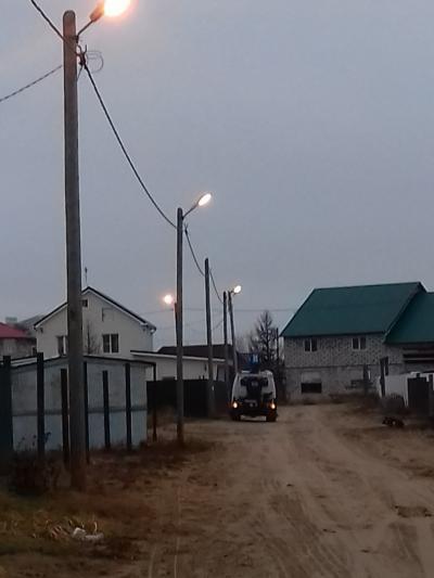 Фонари в Мирном вернутся на свои места после ремонта
