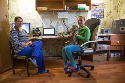 Метеорологи Алёна Легкодымова и Анастасия Федоровская