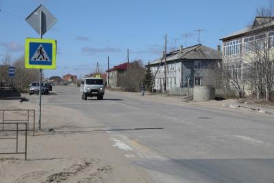 Этот участок дороги на улице Ленина давно нуждается в реконструкции / Фото Антона Тайбарея
