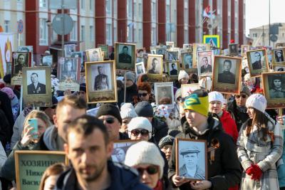 В 2018 году участниками Всероссийской акции «Бессмертный полк» в заполярном регионе стали 3 600 жителей НАО / Фото Антона Тайбарея
