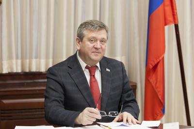 Спикер регионального парламента Александр Лутовинов / Фото Максима Тарасова