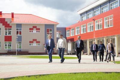 Неожиданный визит врио губернатора НАО на стройку стал продуктивным / Фото Алексея Орлова