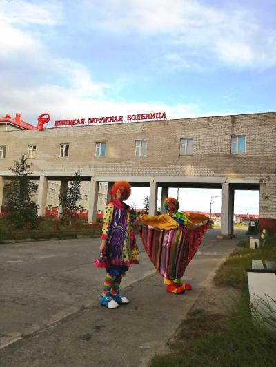 Волонтёры навестили детей, которые находились в окружной больнице / Фото предоставлено движением «ДоброКлоуны»
