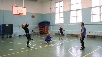 В программу тренировок входят не только национальные виды спорта / Фото автора