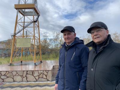 Слева направо: Иван Просвирнин и Вячеслав Корепанов / Фото автора