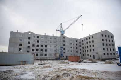 Темпы ввода жилья снижены из-за пандемии и карантинных ограничений / Фото Алексея Орлова