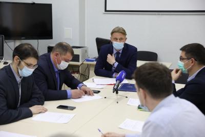 Представители трёх партий выработали единую позицию / Фото Екатерины Эстер