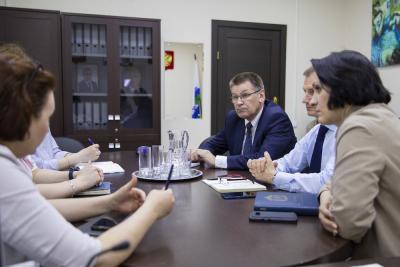 Участники встречи считают, что решение правительства по расширению функций МФЦ совершенно правильное и необходимое / Фото Игоря Ибраева