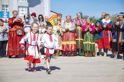 Знакомить с традициями своего народа важно с детства / Фото Игоря Ибраева