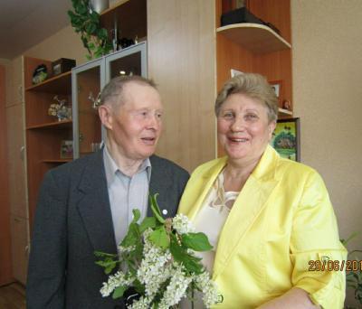 В апреле этого года супруги Рочевы отметили изумрудную свадьбу / Фото из семейного архива семьи Рочевых