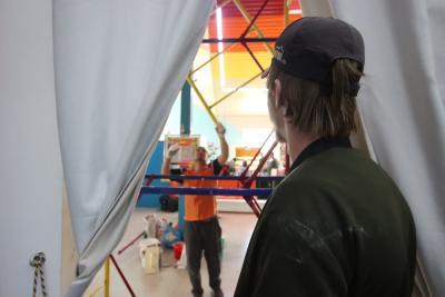 В детском развлекательном центре на Ненецкой,10 продолжается ремонт. Вынужденный простой из-за пандемии внёс коррективы в планы предпринимателей / Фото автора