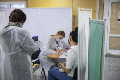 Жители НАО идут на прививки / Фото Игоря Ибраева
