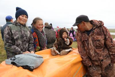 Крепкая семья, олени и тундра – три точки опоры для коренных жителей севера / Фото Екатерины Эстер