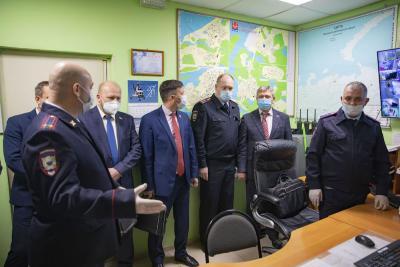 Парламентариям продемонстрировали работу системы «Безопасный город» / Фото Игоря Ибраева
