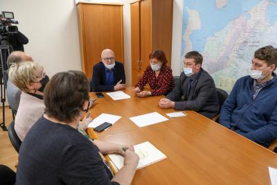 На встрече обсудили рейтинги участников предвыборной гонки / Фото Екатерина Эстер